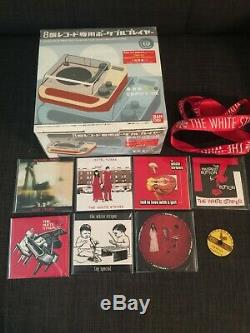 White Stripes 3 Inch Record Set Original Bandai 8ban Player New in box
